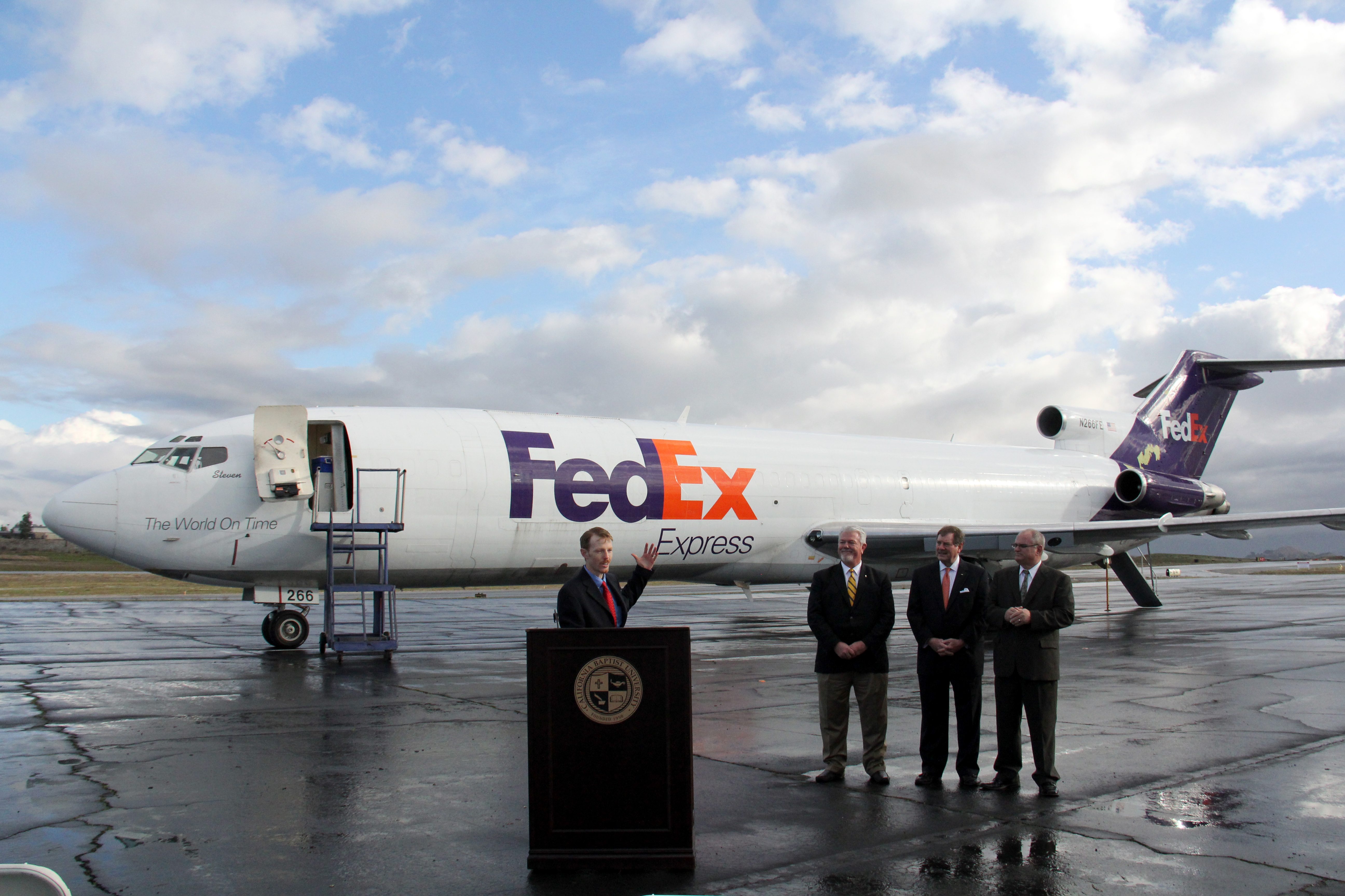 FedEx Express donates Boeing 727 200F to CBU Aviation Science