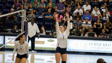 Volleyball4_LaurenShelburne_WEB